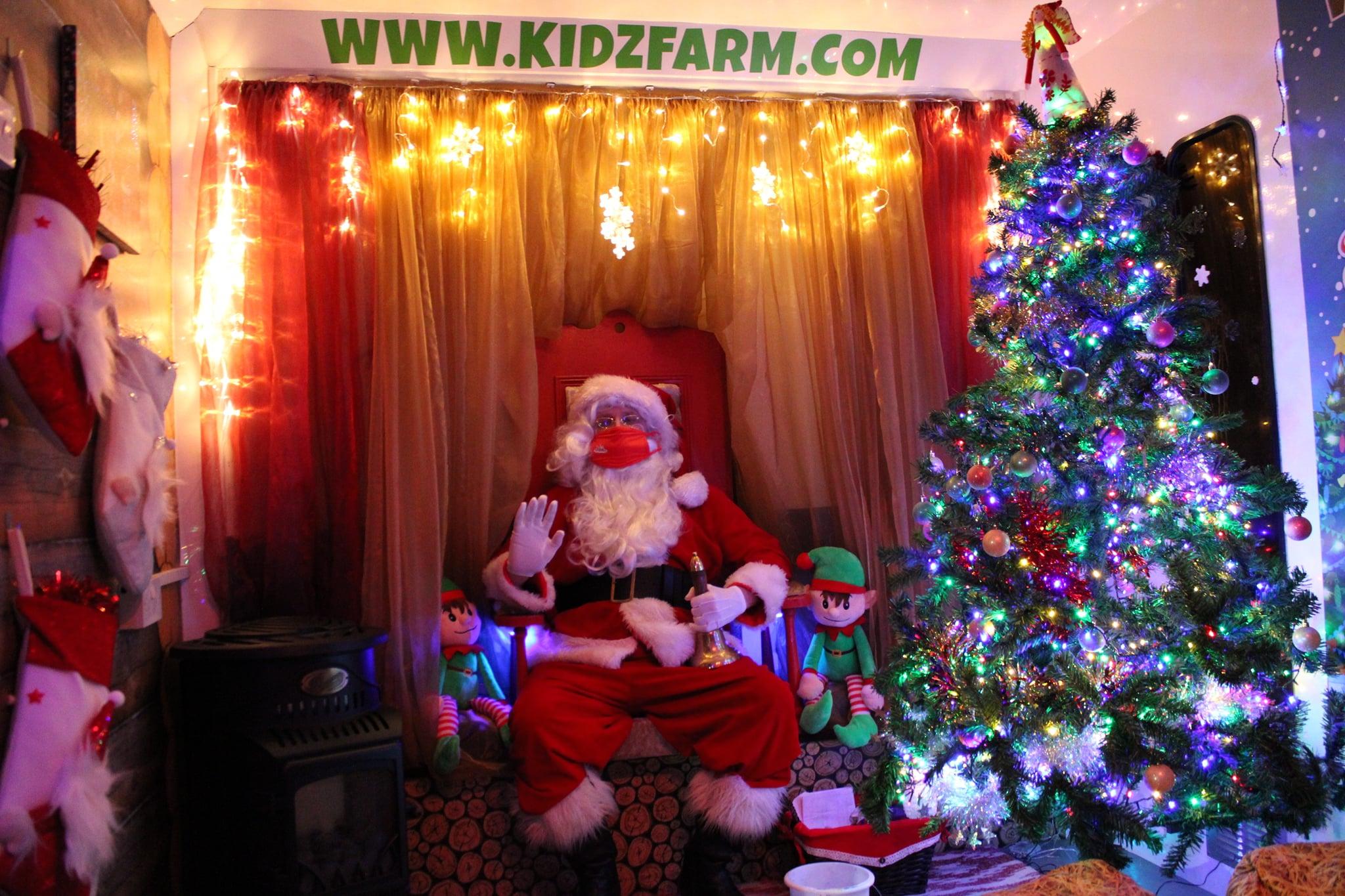 Santa is in full flight now this week before he puts his feet up AGAIN for lockdown on Fri.😴😴